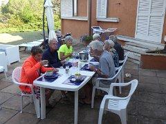 ontbijt op het terras van onze villa